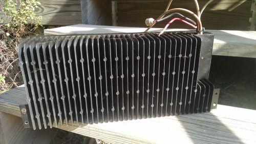 Quantro/MSF5000 100 W UHF-pääteaste